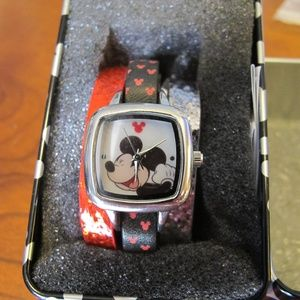 Disney Mickey watch with 3 bands